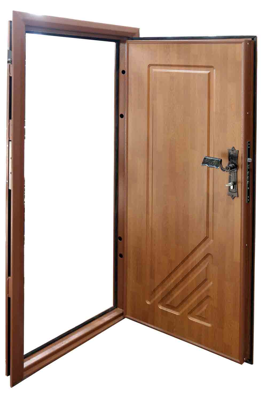 Металлическая входная дверь с коваными элементами